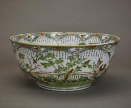 Chinese Exportware Bowl, Side view 2