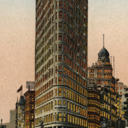 Flat Iron Building, New York.