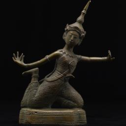 Sculpture Of Siamese Dancer