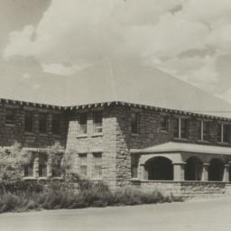 Sage Memorial Hospital, Gan...