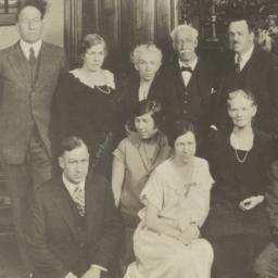 Hyde Family Portrait, Golde...